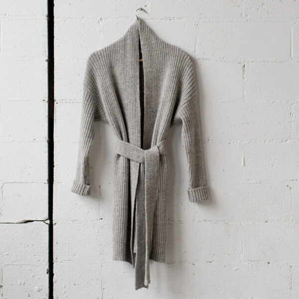 Conficio light grey cardigan by flocci